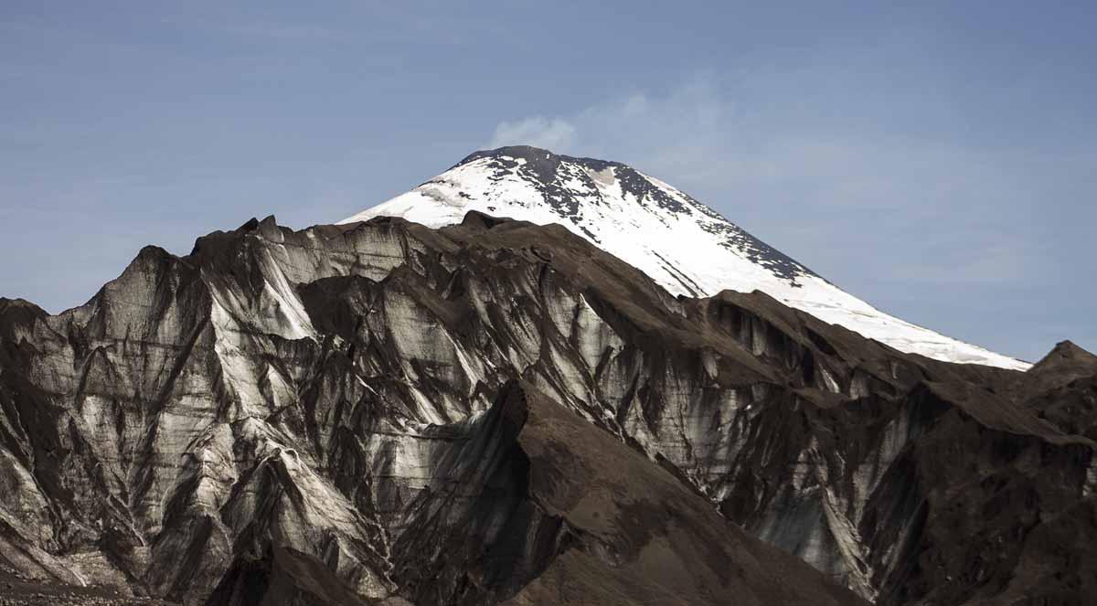 Glaciar Pichillancahue y Volcan Villarrica